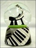 Snow Globe: Jazzy Piano