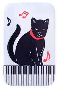 Metal Magnet: Kitty On Keys